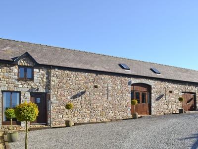 Beacons Barn, Carmarthenshire, Llangadog