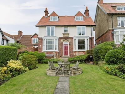 Sheen Cottage, North Yorkshire, Fylingthorpe