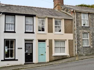 Castle Street, Gwynedd, Criccieth