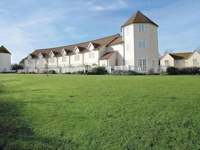 Beau Lodge, Gloucestershire, South Cerney