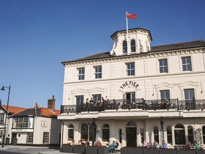 The Pier Hotel, Essex