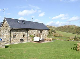 Bwlch Y Dderwen Barns, Powys