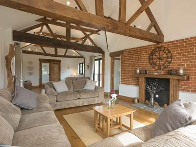 Summer House Stables, Norfolk, Horning