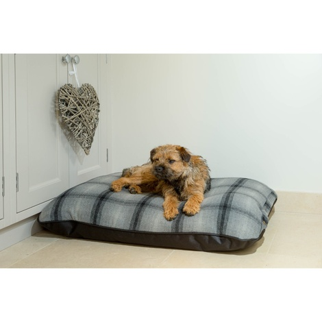 Tweed & Water Resistant Pillow Dog Bed 2
