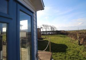 Rhossili Scamper Holidays - Sands Shepherd Hut, Swansea 2