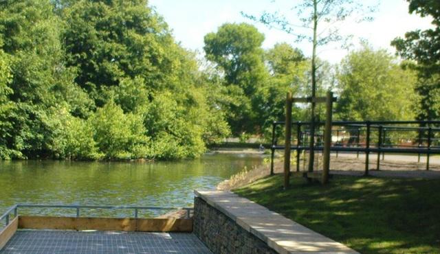 Walton Hall Park  2