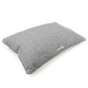 Mutts & Hounds - Stoneham Grey Tweed Pillow Bed