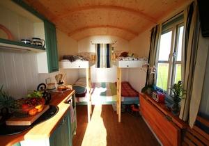 Llangennith Scamper Holidays - Classic Shepherd Hut, Swansea 2