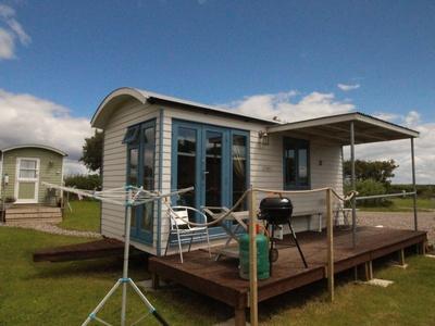 Rhossili Scamper Holidays - Sands Shepherd Hut, Swansea