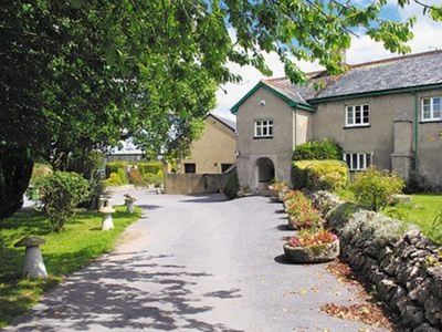 Twelve Oaks Farmhouse, Devon, Teigngrace