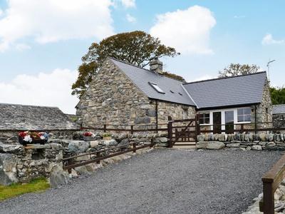 Caerffynon Bach, Gwynedd, Dyffryn Ardudwy