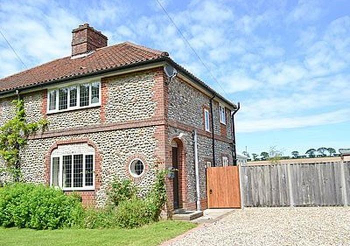 Heather Cottage, Norfolk 1