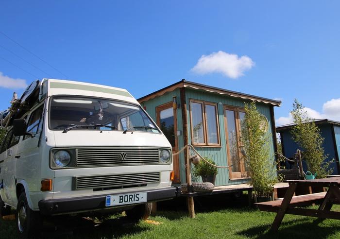 Llangennith Scamper Holidays - Tiki-Van, Swansea 1
