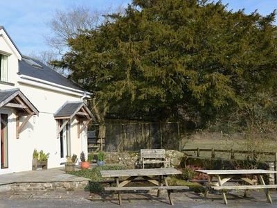 Ty Newydd Cottage, Carmarthenshire, Salem