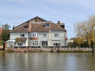 Riverside House, Suffolk
