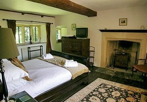 Foxes Manor, Gloucestershire 5