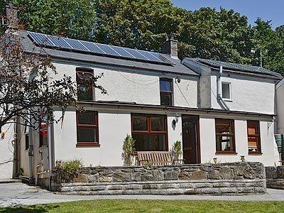 Bannsvale Farmhouse, Cornwall, Porthtowan