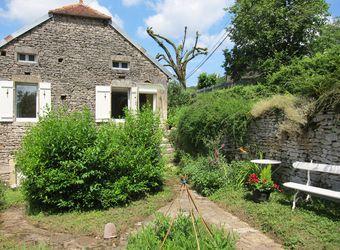 La Petite Maison - Burgundy