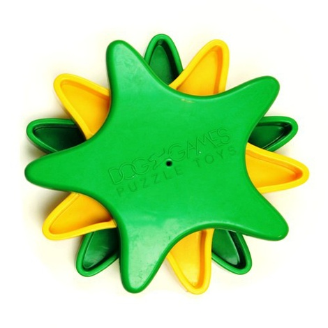 Star Spinner Interactive Treat Game 2