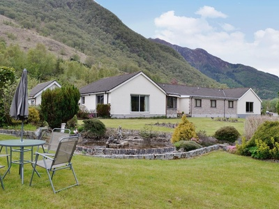 Lyn Leven Cottage, Ballachulish
