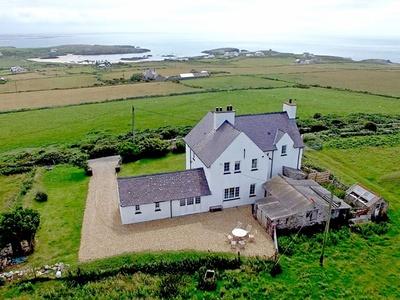 Plas Uchaf, Isle of Anglesey, Rhoscolyn
