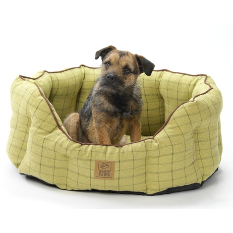 Tweed Oval Snuggle Dog Bed – Green