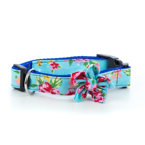 Blue Vintage Collar with Flower Accessory