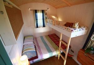 Llangennith Scamper Holidays - Classic Shepherd Hut, Swansea 3