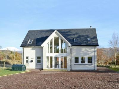 Carron House, Highland, Strathcarron