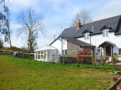 Glan Y Gors Cottage, Conwy, Abergele