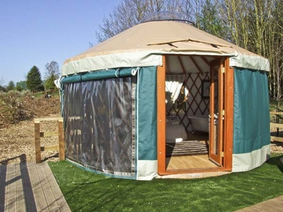 The Lakeside Yurt, Tewkesbury