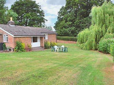 Hall Farm Bungalow, Derbyshire, Shirley