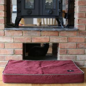 Memory Foam Corduroy Dog Bed – Wine