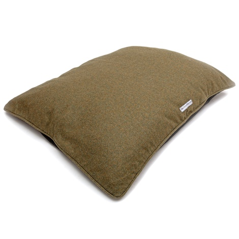 Forest Green Tweed Pillow Bed 6