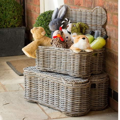 Large Rattan Kubu Dog Basket with Toys
