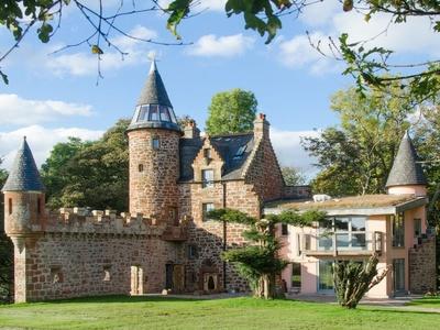 Knock Old Castle, Scotland