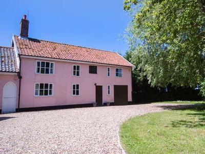 St Michael's Cottage, Suffolk, Bungay