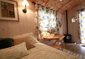 Rhossili Scamper Holidays - Dylan Shepherd Hut, Swansea 3