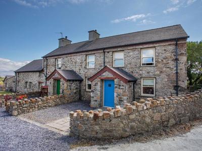 Homestead, Isle of Anglesey, Gaerwen
