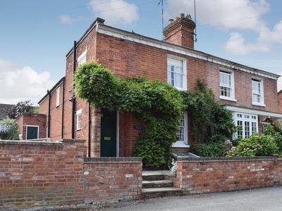 Bay Tree Cottage, Warwickshire, Alveston