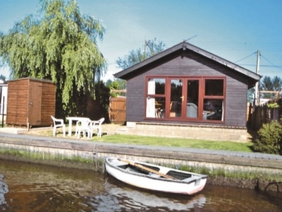 Yare View Lodge, Norfolk, Brundall
