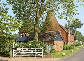 Potts Farm Oast, Kent