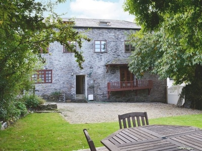 Hollywell Barn, Cornwall, Menheniot