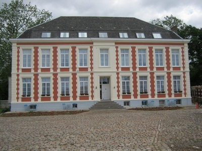 Chateau de Moulin le Comte, France, Aire-sur-la-Lys