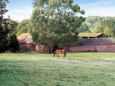 Brook Barn, Hampshire, Shobley