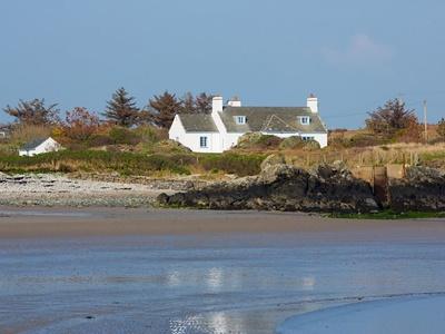 Cae Llyn, Isle of Anglesey, Rhoscolyn