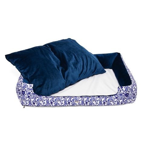 The Richmond Dog Bed 3