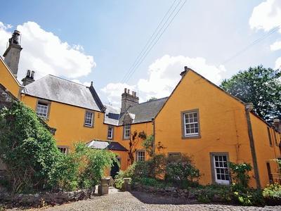Lochside Garden House, Scottish Borders, Kelso