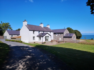 Penrhyn Farm, Isle of Anglesey, Dulas