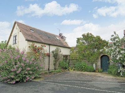 Middle Farm Cottage, Worcestershire, North Littleton